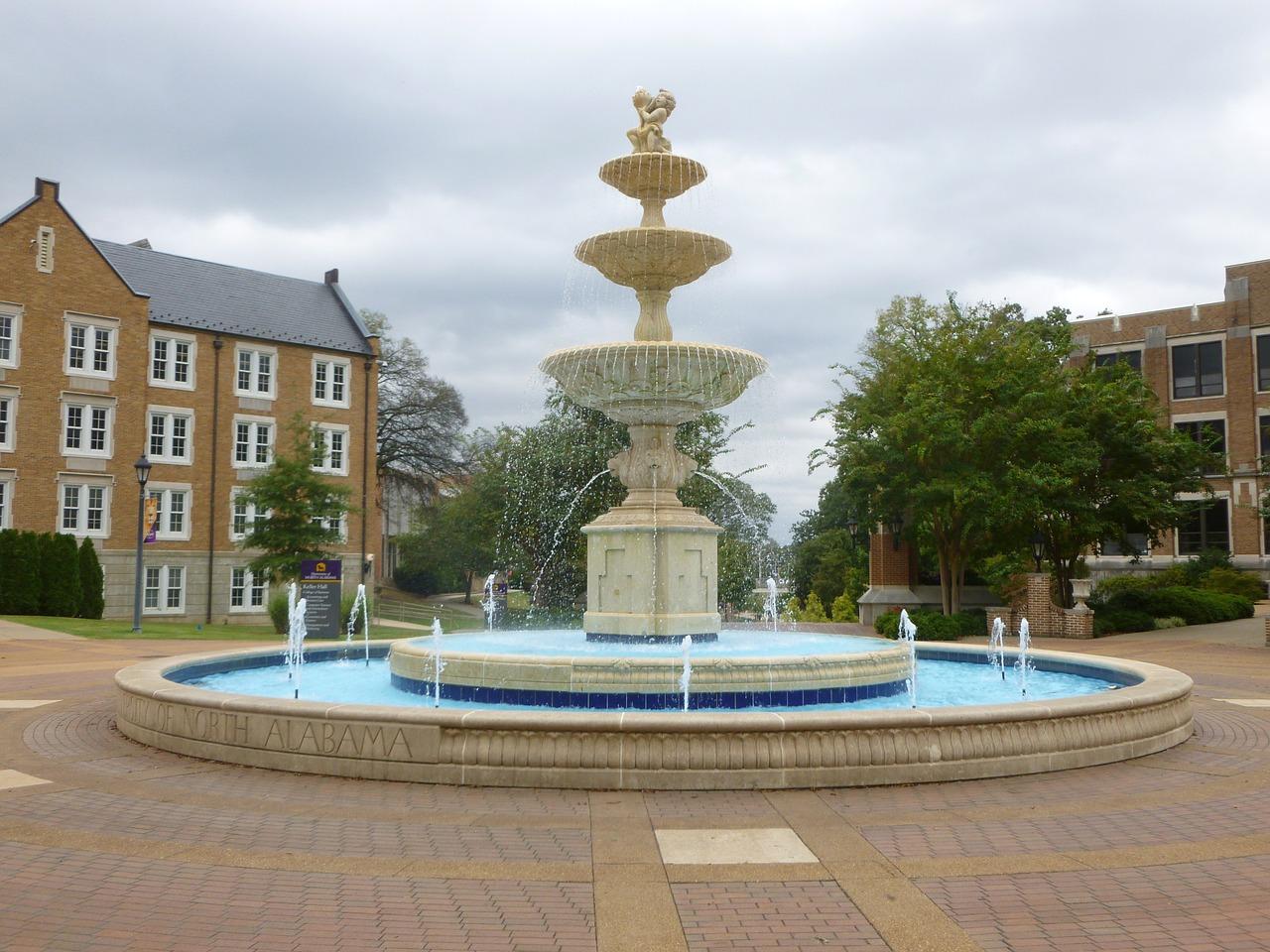 fountain-1009104_1280.jpg